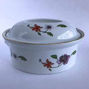 Royal-Worcester-Astley-2-Quart-Oval-Covered-Casserole-Imperfect-Wear-to-Gold