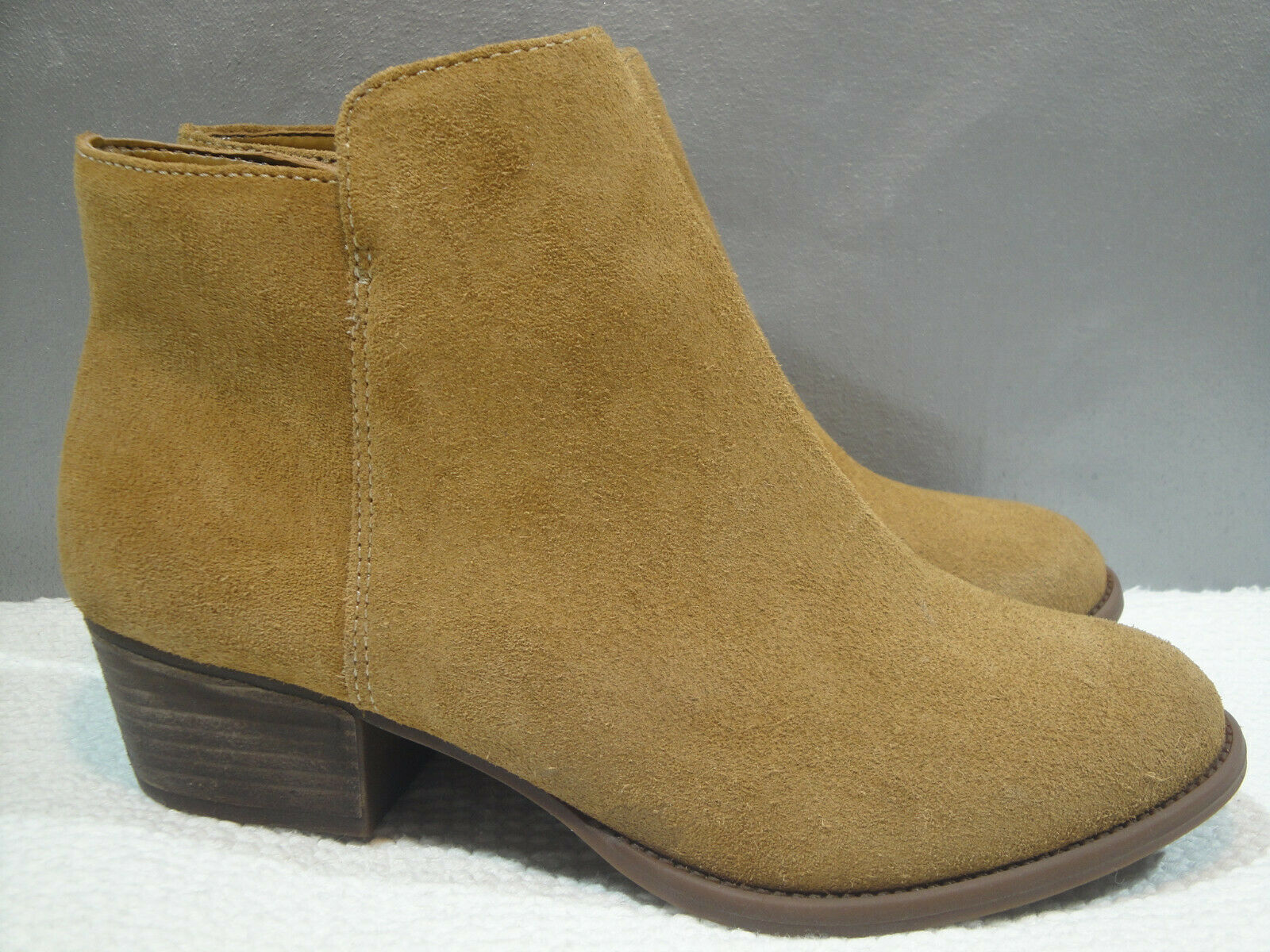WOMENS NEW 8.5 JESSICA SIMPSON TAN SUEDE LEATHER WESTERN COWBOY ZIP ANKLE BOOTS