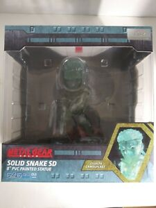 """F4F Metal Gear Solid Snake Clear Stealth Camouflage Gamestop EX SD PVC 8/"""" Statue"""