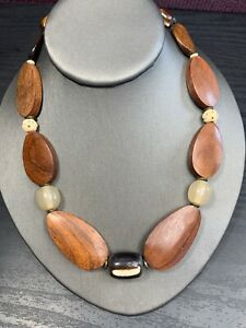 Vintage Bohemian Tan Brown Large Wood Beaded  Light Weight Necklace 16""