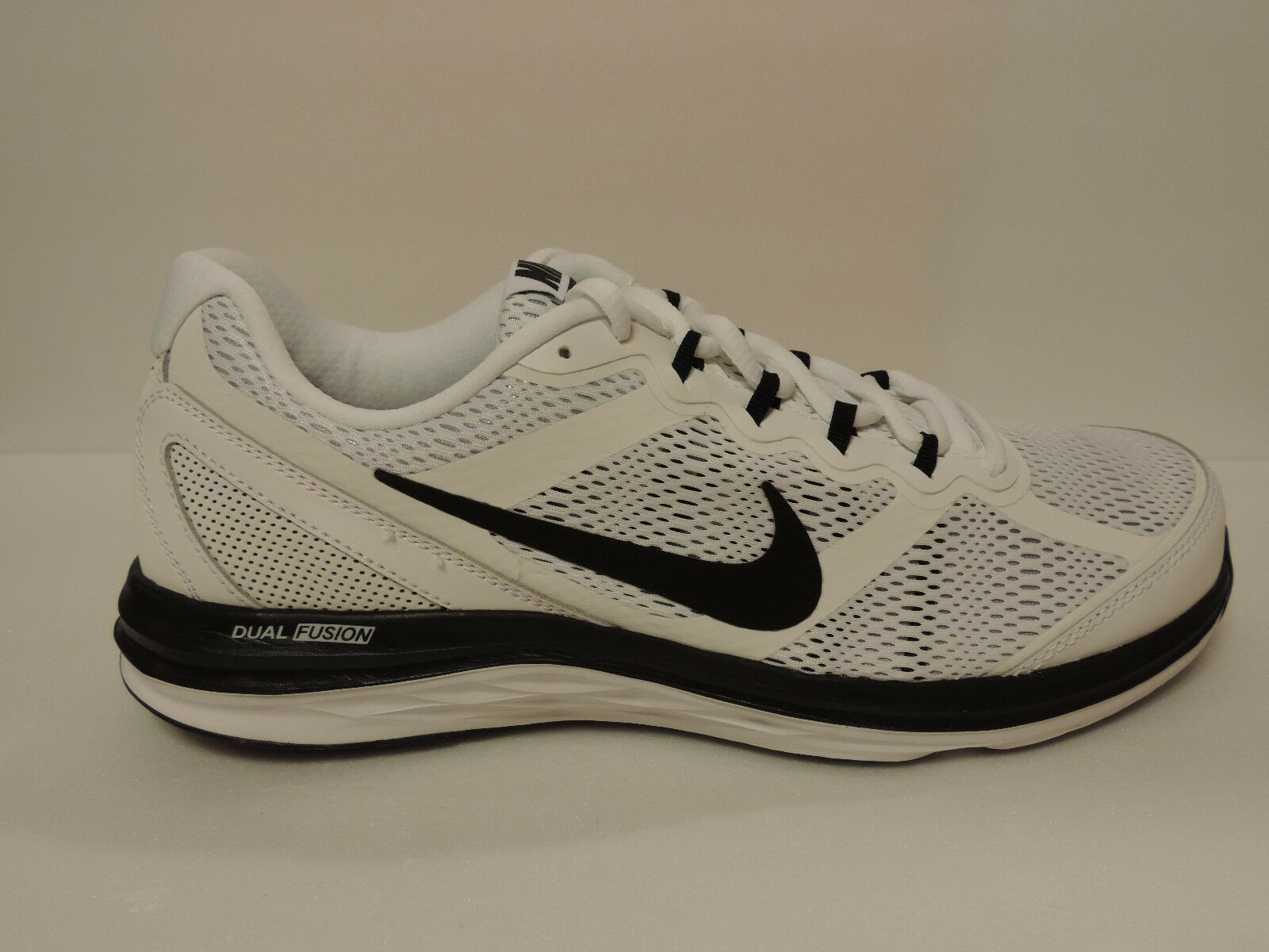 New Nike Dual Fusion Run 3 Zonal sandwich mesh upper Running white black shoes