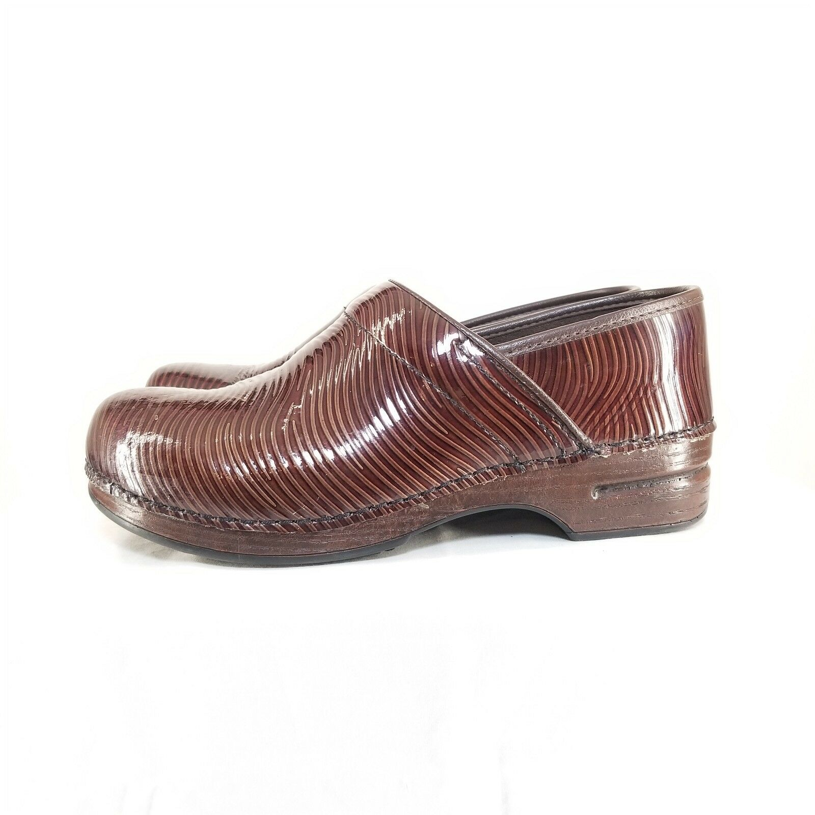 C12 Womens Dansko Pro XP Brown Tooled Leather Clog shoes sz 42 US 11.5-12