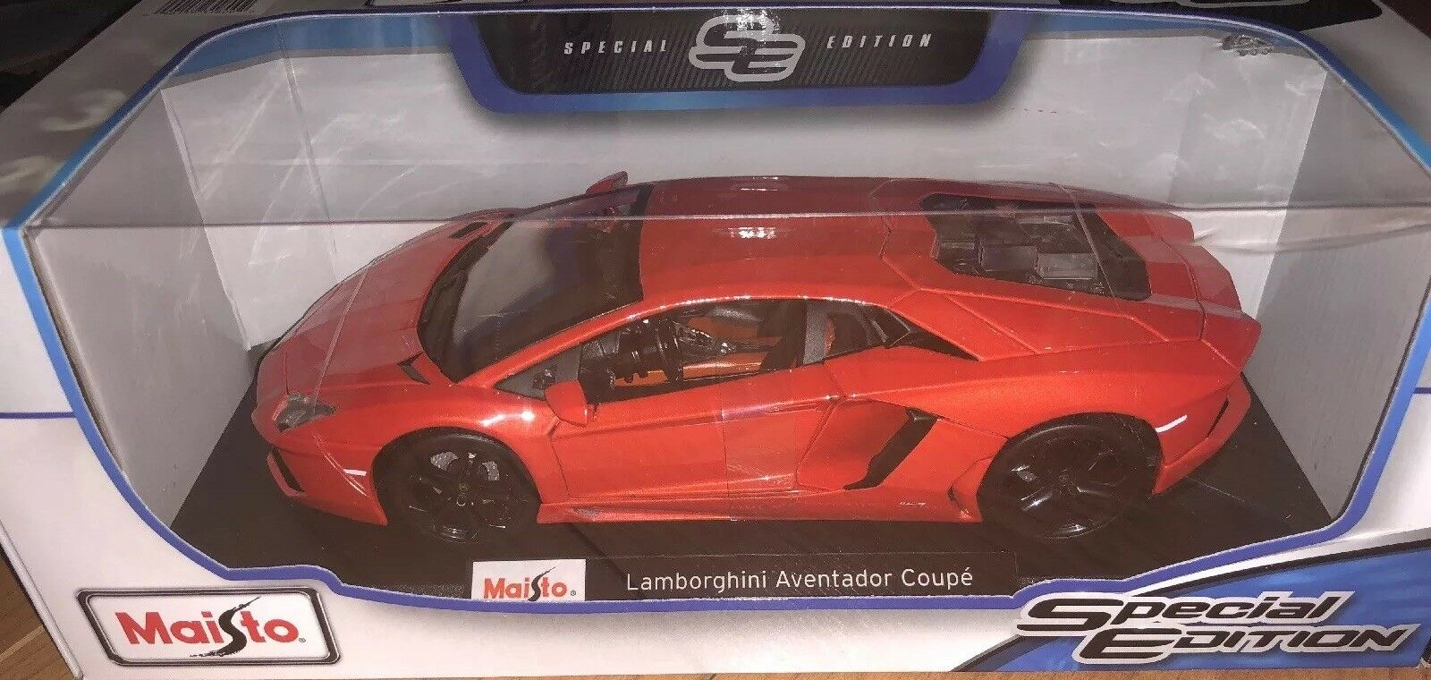 Lamborghini Aventador Coupe orange Maisto 1 18 Special Edition Diecast Model Car