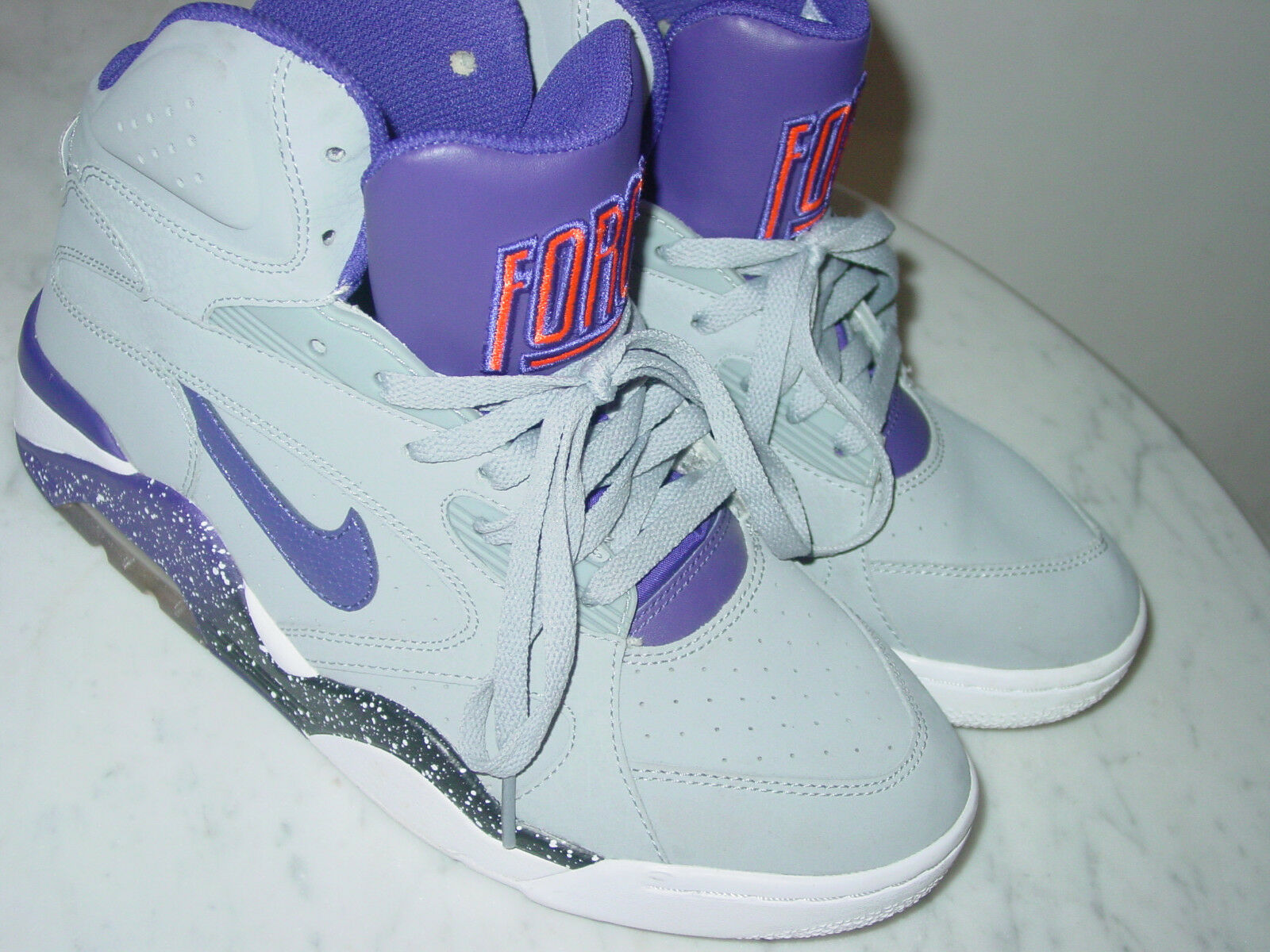 2012 Nike Air Force 180 Wolf Grey/Court Purple Basketball Shoes Size 9   .00