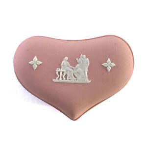 Vintage-English-Wedgwood-Miniature-Pink-Jasperware-Heart-Shaped-Trinket-Box