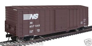 Walthers-2311-50-039-Waffle-Side-Boxcar-NORFOLK-SOUTHERN-407046-HO-MIB-RTR