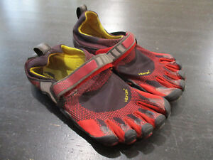 low priced 227ed f5291 Image is loading Vibram-Fivefingers-Barefoot-Bikila-M3483-Shoes-Men-039-