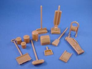 DOLLHOUSE-FURNITURE-PLAYSET-ACCESSORIES-1950S-14-PIECES-Marx-Recast-FREE-SHIP