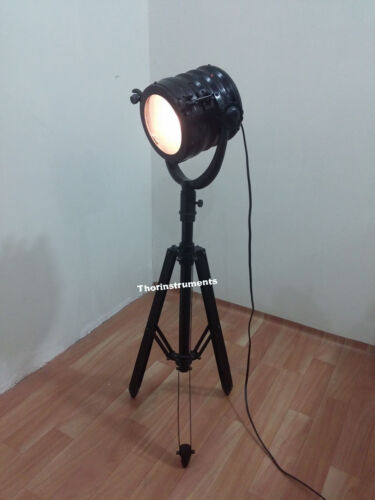 PHOTOGRAPHY TABLE LAMP COLLECTIBLE SEARCH LIGHT TRIPOD CHRISTMAS GIFT