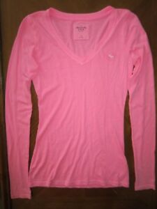 ABERCROMBIE-amp-FITCH-A-amp-F-PINK-V-NECK-BASIC-STRETCH-FITTED-TEE-KNIT-TOP-XSMALL-XS