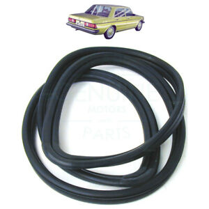 Details about MERCEDES W123 1976-1985 REAR WINDSCREEN GLASS MOULDING RUBBER  SEAL, 1236700239