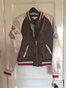 17e4603d5 Details about H & M Green and cream shiny womens bomber jacket size 6 with  sleeve embroidery