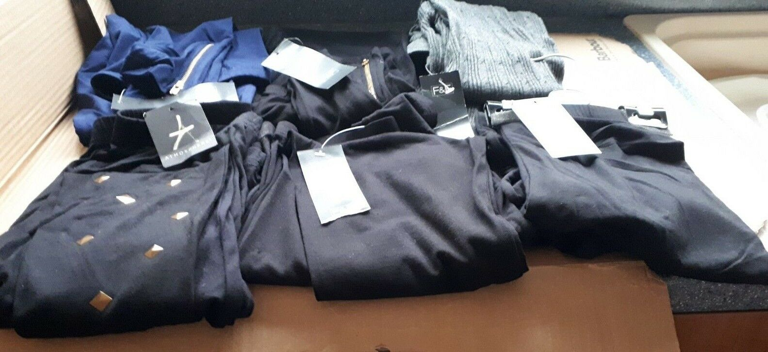NEW 6X LEGGINGS 4XBLK  1XGREY KNITTED 1X blueE  SIZE 10 3 PRS GOT DETAIL