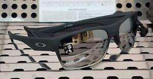 592c4d2a0e Image is loading New-Oakley-9189-30-TWOFACE-Machinist-Sunglasses-Matte-