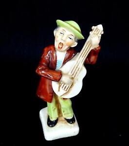 "GERMAN PORCELAIN #20400 GUITAR PLAYER MUSICIAN 4 5/8"" FIGURINE 1880-1920"