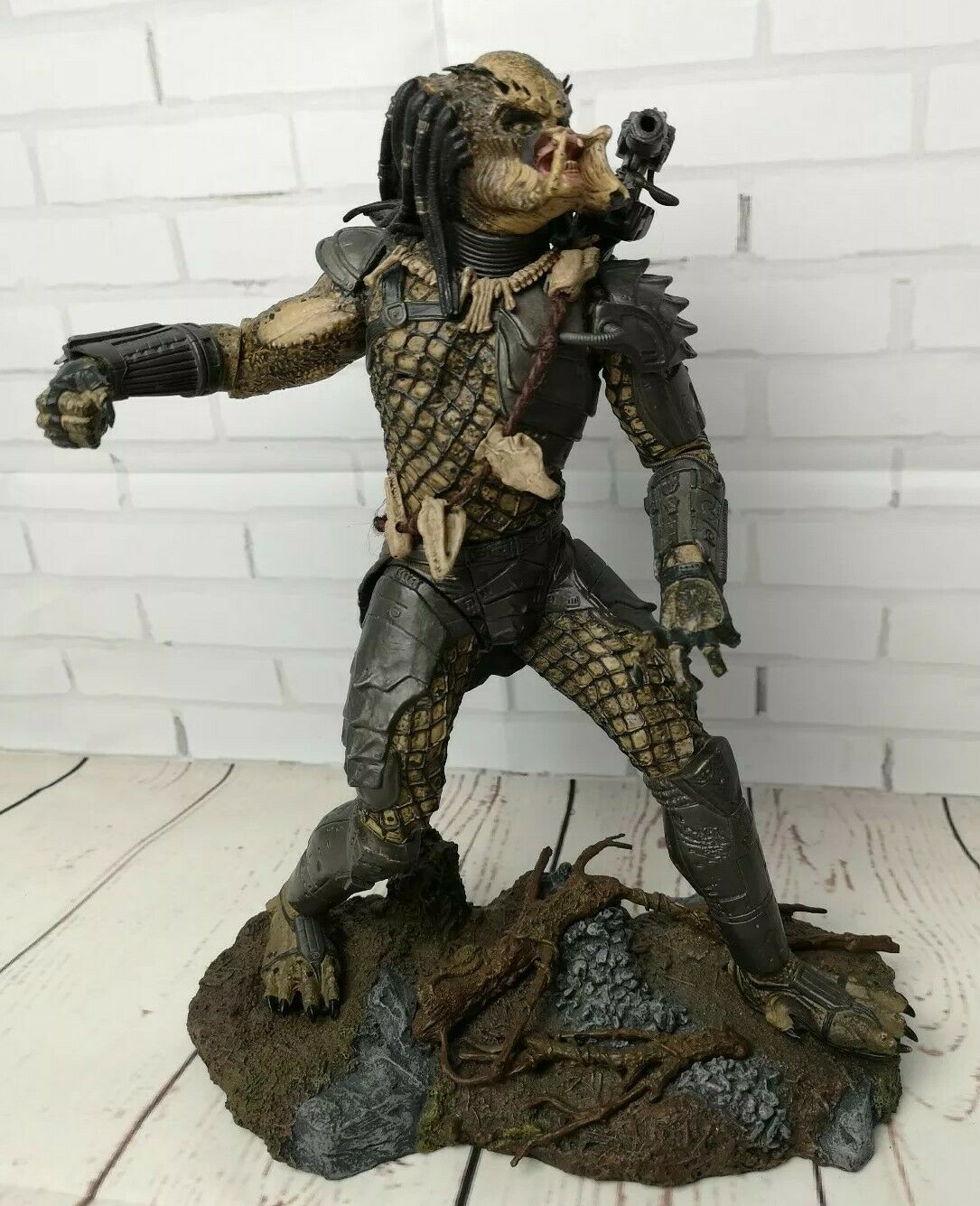 RARE GRAND McFarlane Toys Prougeator 12  inch action figure 2004 Alien, collector