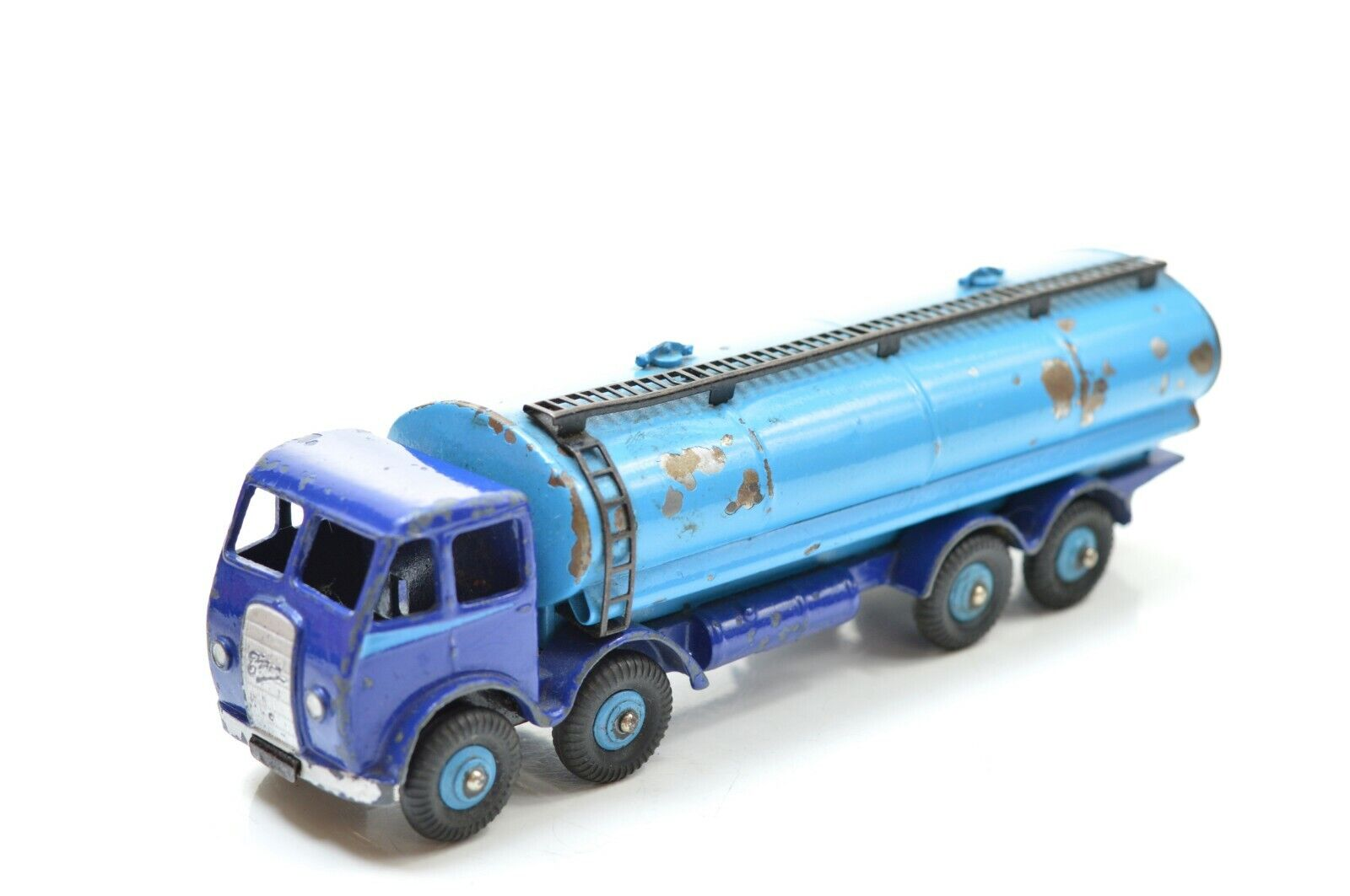 DINKY 504 FODEN 14 TON TANKER  1ST CAB TYPE