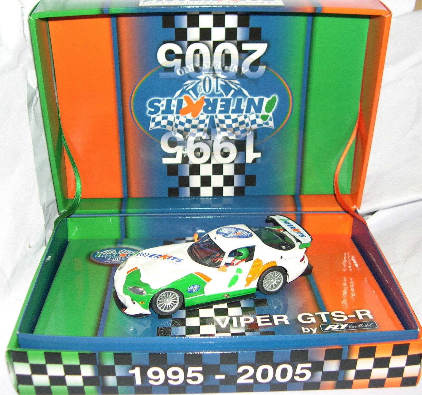 FLY 96053 E-83 SLOT CAR DODGE VIPER VIPER VIPER GTS-R 10GRAD JUBILÄUM INTERK LTED.ED. MB fd4faa