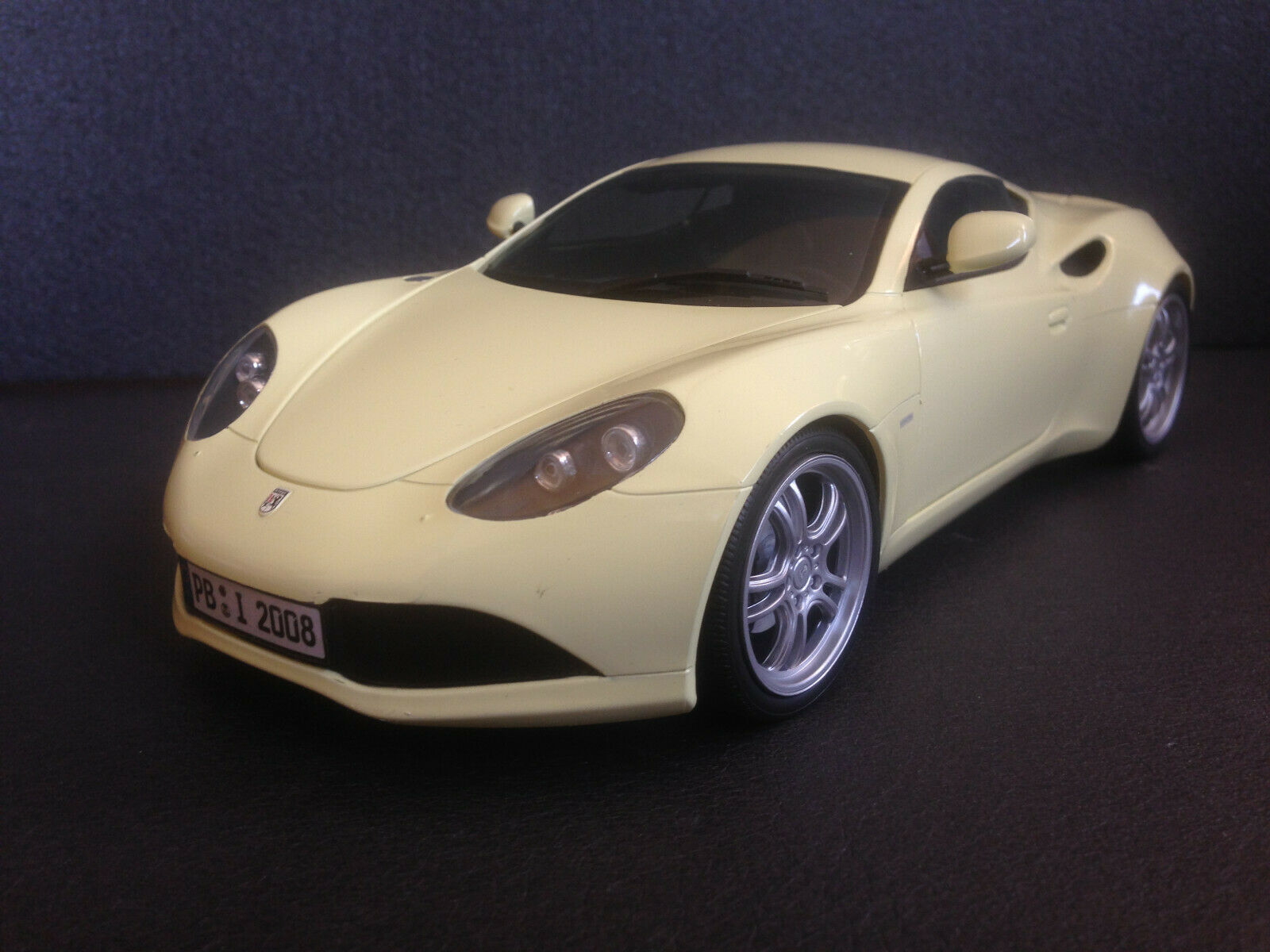 Artega GT Intro 2008 vanillegelb Revell Composite sehr selten neu in OVP 1 18