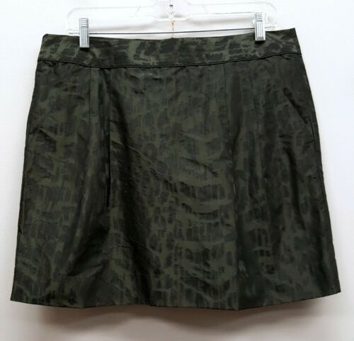 GAP Size 10 Green Leopard Textured Satin Mini Abov