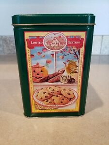 Vintage Tin Nestle Toll House Cookies Pie Party Mix Limited Edition Green Empty