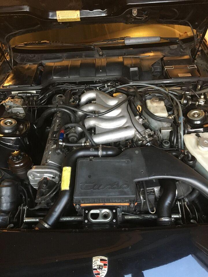 Porsche 944, 2,5 Turbo, Benzin