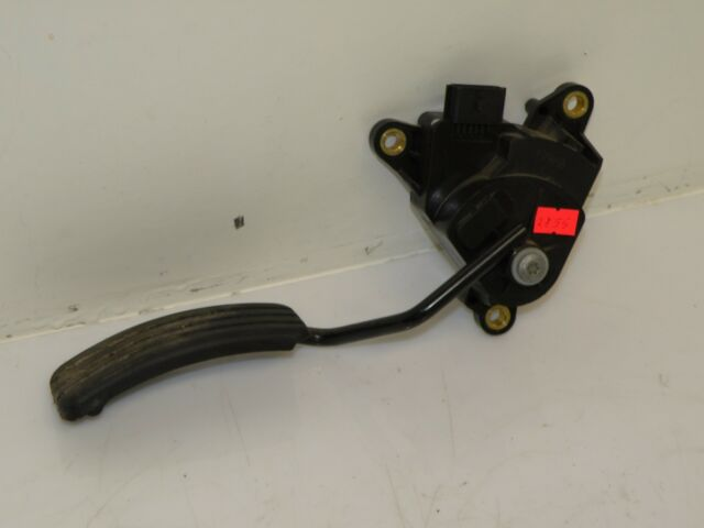 Renault Scenic MK2 LHD 2.0 DCI Gas Gaspedal 8200159647