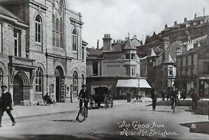 Vintage-Reproduction-Postcard-The-Cross-from-New-Road-Brixham-Devon-23K