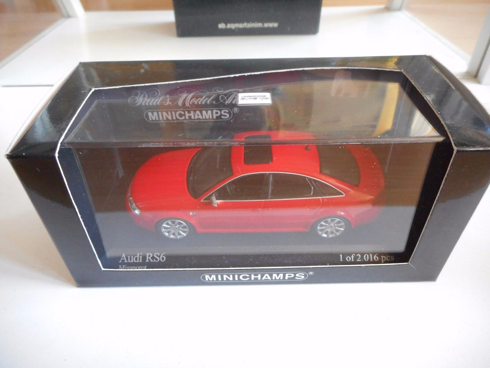 Minichamps Audi RS6 2002 in Red on 1 43 in Box