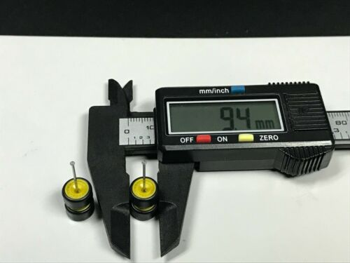 RIM RUBBER TIRE REAL RIDER R224 Hot Wheels 1//64 Set/> AeroRR Yellow 8mm