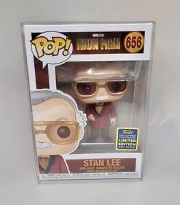 Funko-POP-MARVEL-IRON-MAN-Stan-Lee-con-ROBE-656-NYCC-esclusivo-protettore-POP