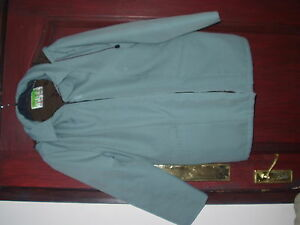 Ladies-short-blue-green-turquoise-raincoat-with-zip-on-hood-Marked-size-18