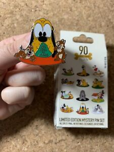 Disney-Pluto-90th-Anniversary-Do-Not-Open-Till-Xmas-Chip-Dale-2020-Pin-LE-1000