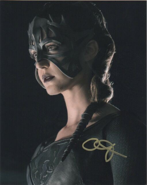 Odette Annable Supergirl Autographed Signed 8x10 Photo COA #B087