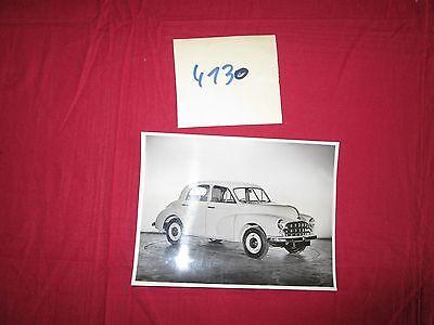Gematigd N°4130 / Photo D'epoque Morris Oxford Saloon October 1952 Verkoopprijs