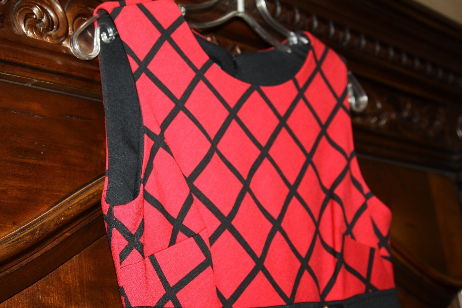 women MORGAN RED DRESS SIZE 8    IN EXCELLENT CONDITION    1ef4c1