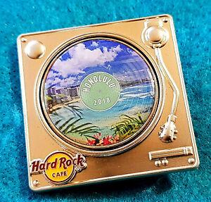 HONOLULU-HAWAII-TURNTABLE-SERIES-DIAMOND-HEAD-WAIKIKI-BEACH-Hard-Rock-Cafe-PIN