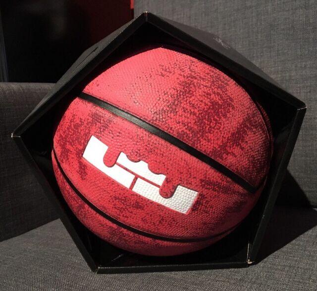 Nike Lebron James Ball Basketball Unisex Size 6 MID 28.5