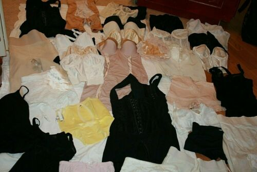 HUGE Lot of Vintage 50s 60s 70s Bras Girdles Corse