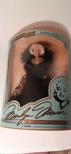 MARILYN-MONROE-Doll-Collectors-Series-034-Fur-Fantasy-Marilyn-034-1993-free-ship