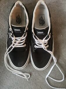 Black-and-White-Vans-7-5-UK-great-condition-worn-twice