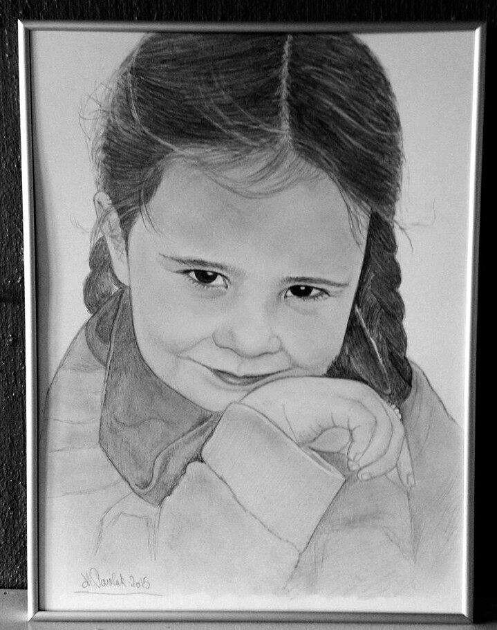 Portræt tegning i blyant , Majbritt Pavlak , tegnebutikken
