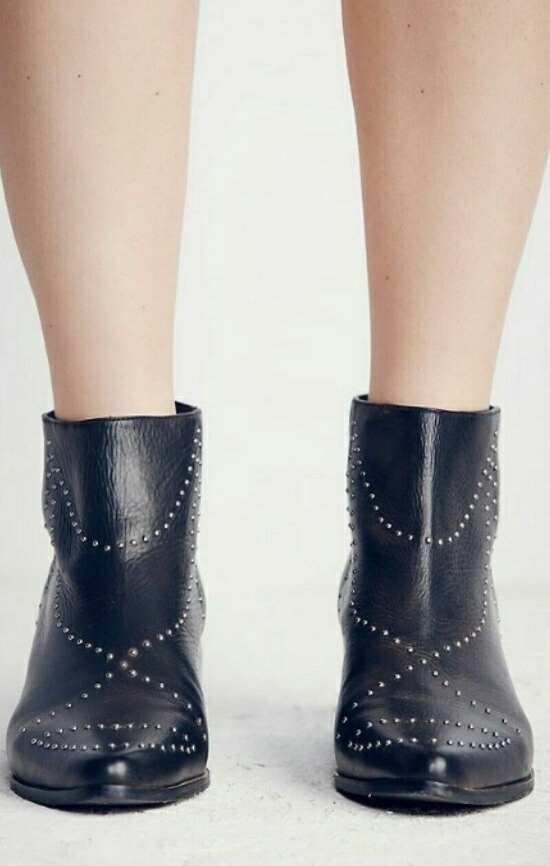 Free People People People Ankle Stiefel Vision To See Stiefelie Studded Leather Western Größe 7  218 7ffa43
