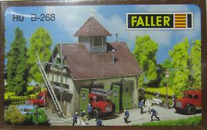 Faller-B-268-130268-kleines-laendliches-Feuerwehrhaus-Bausatz-H0-1-87-Neu-OVP