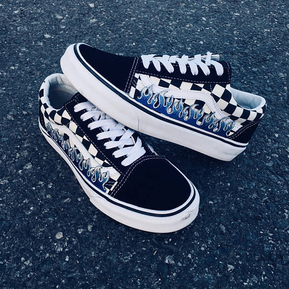 Checkerboard Black Old Vans Skool Blue Flame Thrasher Embroider Vans Old Custom Trainer 3b50aa
