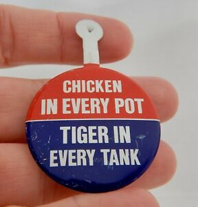 Esso Gas Chicken in Every Pot, Tiger Tank Advertising Pin - 82753