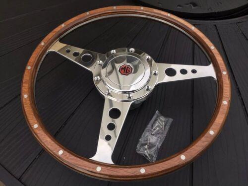 MGB GT woodrim Roue Inc Poli patron et corne 1969 sur MGB