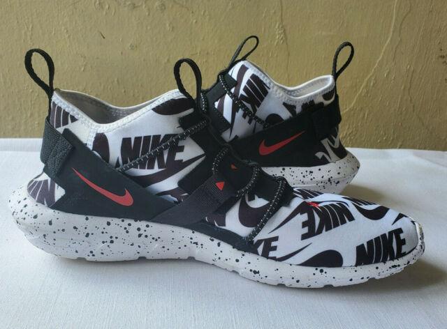 Nike Vortak Moto Size 11 White Black