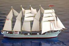 Susanne Vinnen  Hersteller RSM 1007   ,1:1250 Schiffsmodell