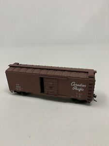 Canadian-Pacific-Railroad-40-039-Boxcar-CP-121034-HO-Scale-Kit-Assembled-D10